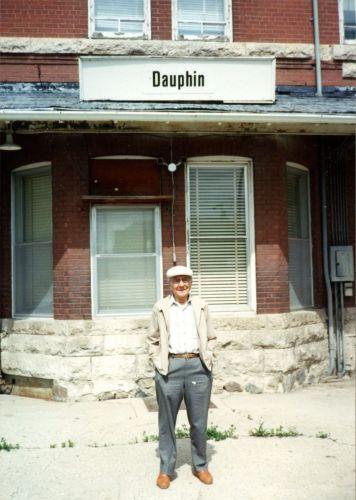 JHC 660P Dauphin MB001