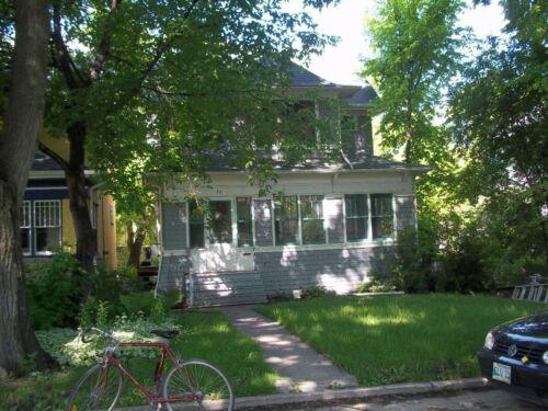 30 Arlington Street, residence of the Genser family