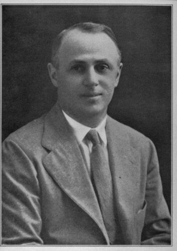Max Finkelstein, legal advisor to the Jewish Immigrant Aid Society