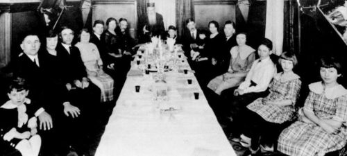 Seder at the home of Mr. and Mrs. Abram Levin, Winnipeg 1930