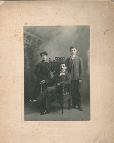 Vera Nelson, William Nelson (seated) and Alter Cherniack, early 1900s, JM 3956(b)